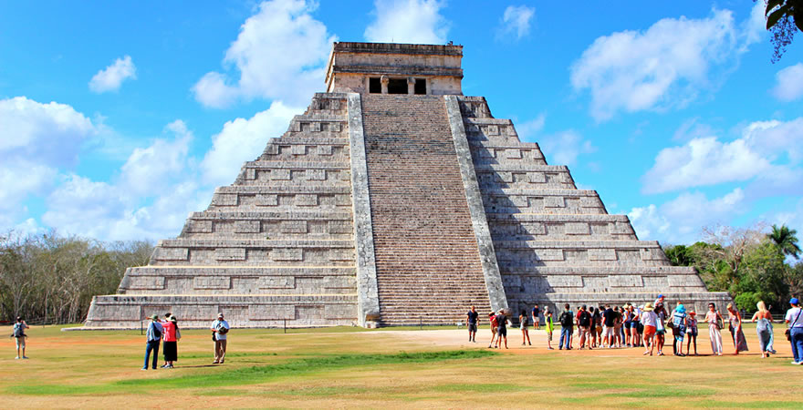 Chichen Itza Tour by Airplane